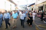 Encabeza Toño Salas desfile de jardines de niños de La Revolución