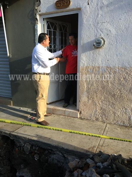SAPAZ realiza sustitución de red de agua en la calle Emiliano Zapata