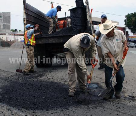 Destinarán 1.5 mdp para acciones de bacheo en zona urbana