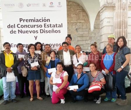 Entregaron apoyos a la producción artesanal de Sahuayo