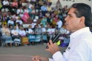 Silvano mantendrá dialogo constante con artesanos e indígenas