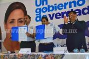 Firmó Cocoa Calderón compromisos por la Educación de Michoacán