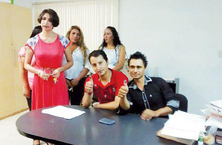 Celebran el primer matrimonio gay en Zamora