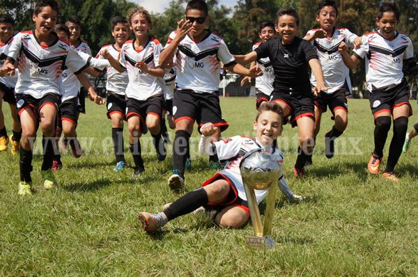 La Escuela Municipal se coronó en Tercera Infantil de futbol