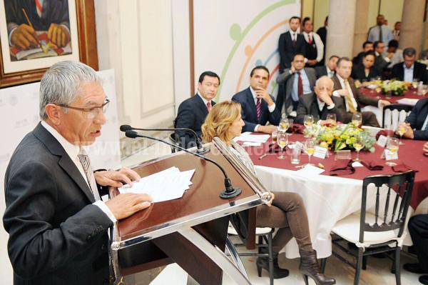 RECONOCE OSORIO CHONG TRANSPARENCIA, APOYO Y COORDINACIÓN DE SALVADOR JARA PARA LOGRAR AVANCES EN MICHOACÁN