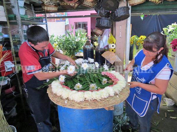 Competencia desleal evita crecimiento y pone en riesgo trabajo de floristas