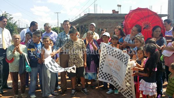 Arranca obras de pavimentación, agua potable y drenaje en la calle Rosario de Jacona