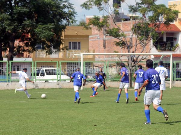 Inter Olimpia en penales eliminó a Ingenieros y Arquitectos