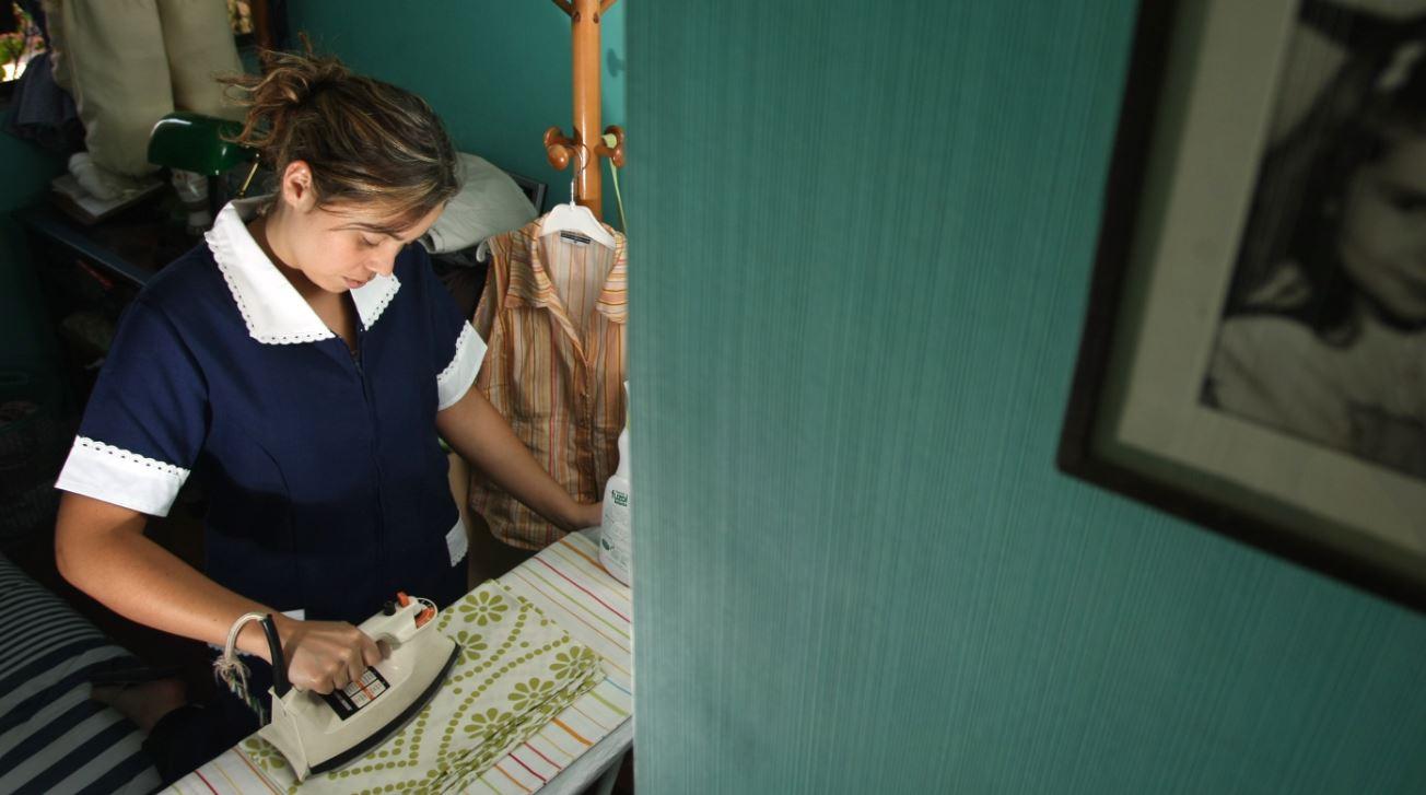 Empleadas domésticas, ejemplo de la brutalidad social contra la mujer