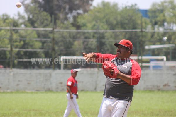 Comenzó pretemporada en el beisbol regional, Torpedos Zamora llenó de palos a Rojos de Jacona.