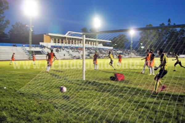 Real Zamora golea en casa 5-0 al Calor de San Pedro