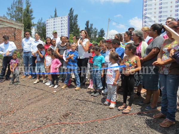 Destinan casi 5 mdp para línea de distribución en Huertas Zamoranas
