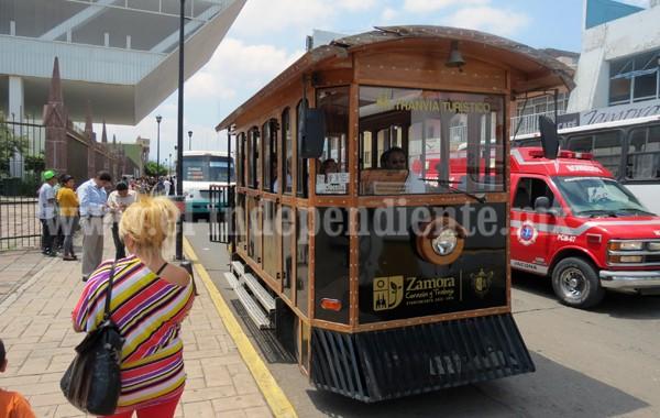 Escuelas piden regreso del tranvía turístico