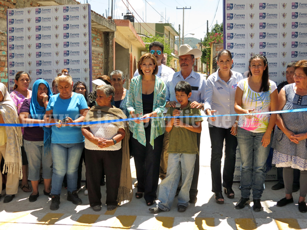 Destinaron casi 600 mil pesos para pavimentar calle en  comunidad Ojo de Agua