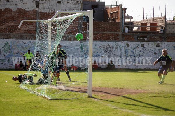La Pradera derrotó 2-1 al Vidales y avanza a final de veteranos en torneo de Copa