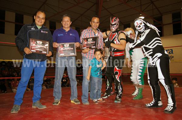 """Exitosa la función de Lucha libre """"Guerreros Aztecas"""""""