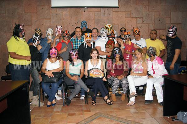 Escuelas de lucha libre de Zamora unen esfuerzos en favor del deporte