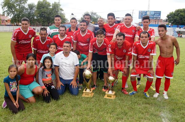 Nacional levantó la copa de Campeón de Campeones