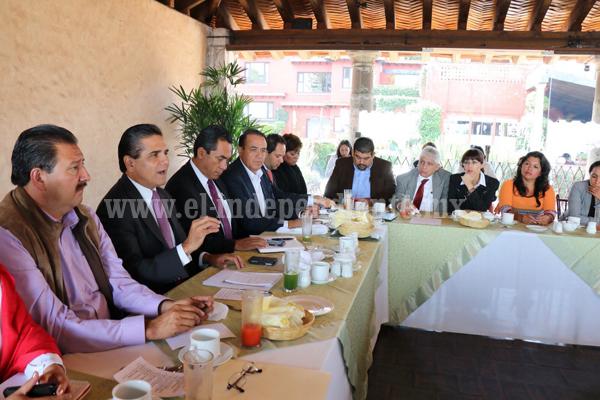 Silvano Aureoles conjuntará esfuerzos con todas las fuerzas políticas a favor de Michoacán