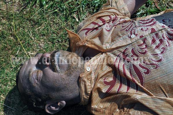 Encuentran cuerpo de un hombre flotando en la Laguna San Juanico