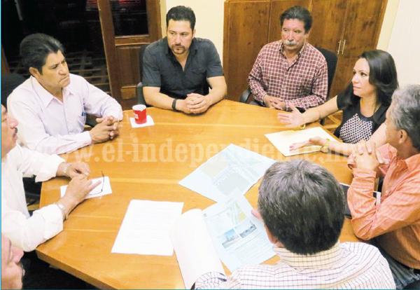 Jacona concreta proyecto de puente vial con Zamora