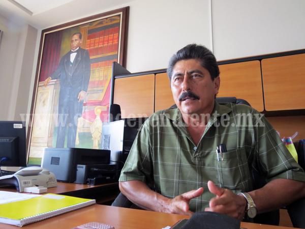 Ayuntamiento mediará  conflicto  entre vecinos  y promotora