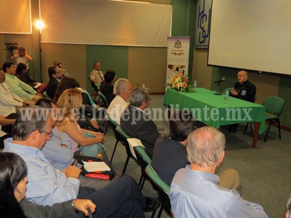 La humanización es una obligación de todo médico: Cardenal Javier Lozano Barragán