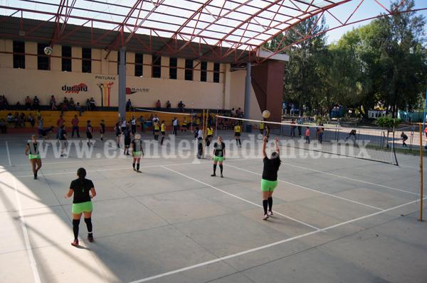 Convocan al Torneo de la Liga Femenil de Voleibol