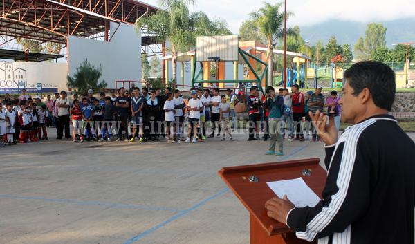 Arrancó el Torneo de Futbol Infantil de Fiestas Patrias Jacona 2015