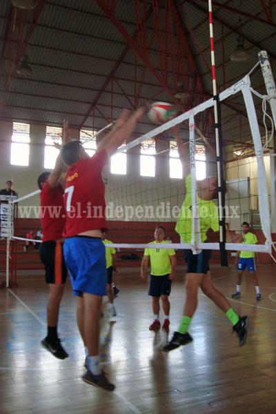 Chaza remonta a Tangancícuaro y ganó en la Liga Zamorana de Voleibol