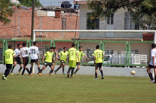 El Carmen derrota 2-1 a la Esc. De Tangancicuaro