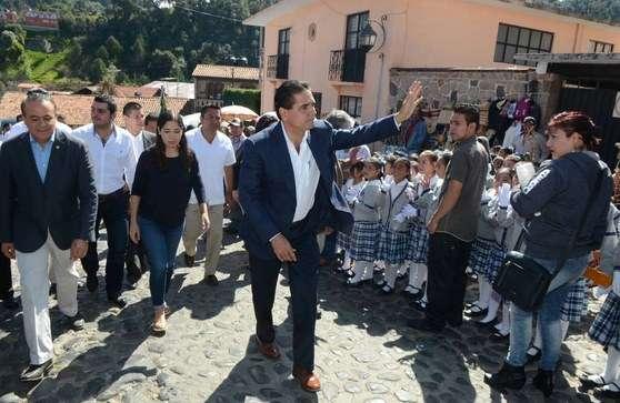 El turismo y la inversión productiva, herramientas para combatir la pobreza: Silvano Aureoles