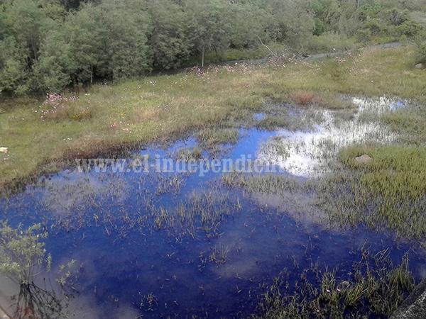 Aseguran vecino riesgos en la salud por aguas negras en Jiquilpan