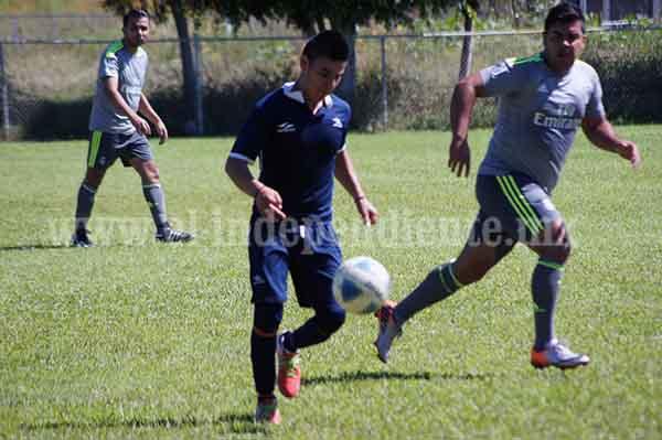 Artilleros ganó 3-0 al Aluzamich en la Primera Especial Uno