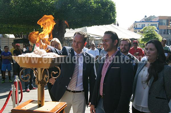 Gobierno Municipal encendió el pebetero de la Olimpiada Municipal 2015