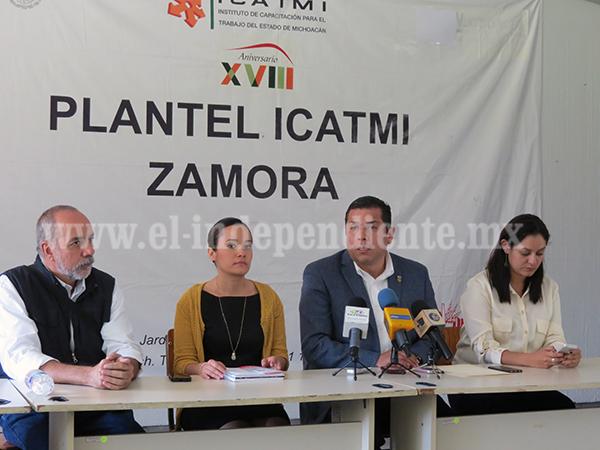 Alejandra Origel asume el cargo como directora del ICATMI plantel Zamora