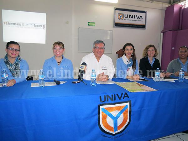 Anuncia UNIVA la Primera Expo  Emprendedor 2015
