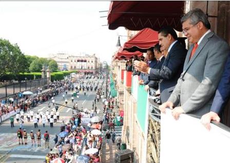 Regresa desfile por aniversario del inicio de la Revolución Mexicana a Morelia