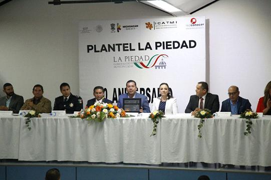 Plantel Icatmi La Piedad recibió premio a la Calidad
