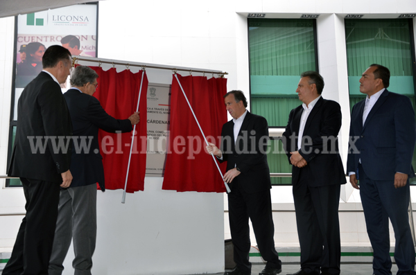 Rebautizan funcionarios federales planta Liconsa de Jiquilpan