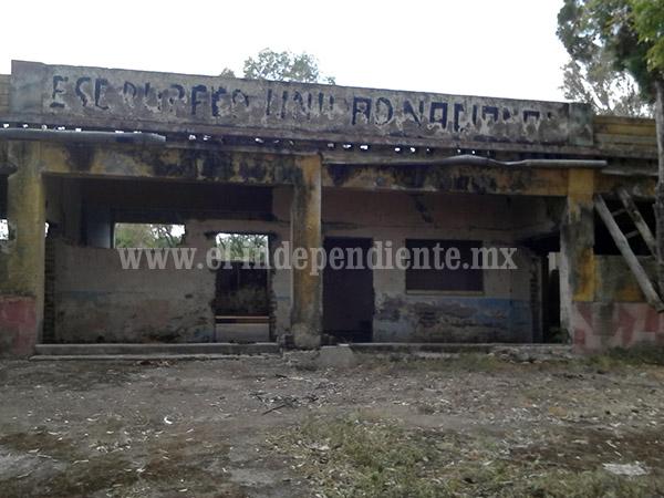 Complicada situación de centros escolares de Villamar