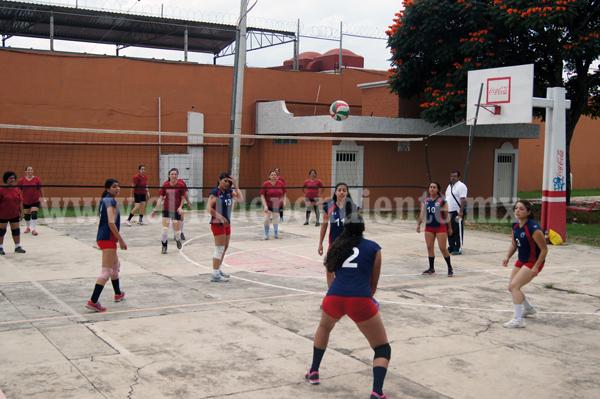 Comenzó el Torneo de la Liga Municipal de Voleibol de Jacona