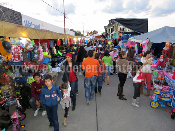 Comerciantes firmaran convenio con vecinos de La Nueva Luneta  y la Esmeralda