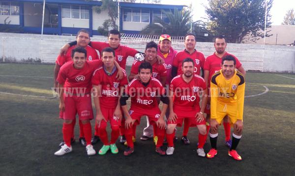 Buen arranque en el Torneo Empresarial de Futbol 7
