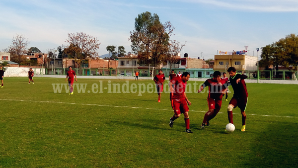 Deportivo Galeana arrebató tres puntos a Villanos, finalizaron 3-1.