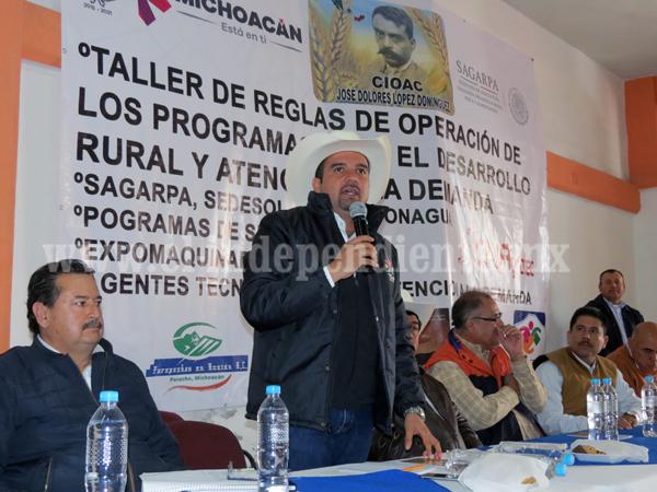 En Ixtlán, dan a conocer reglas de operación de programas a productores