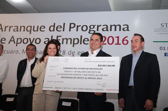 Generar empleo para lograr un mejor Michoacán: Silvano Aureoles