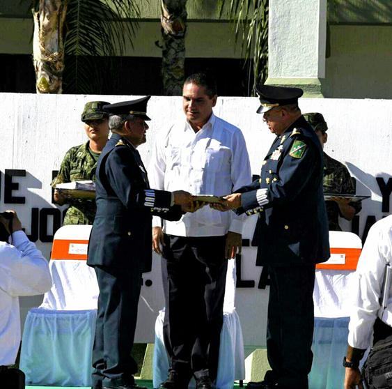 Reconoce Silvano Aureoles apoyo del Ejército Mexicano a Michoacán