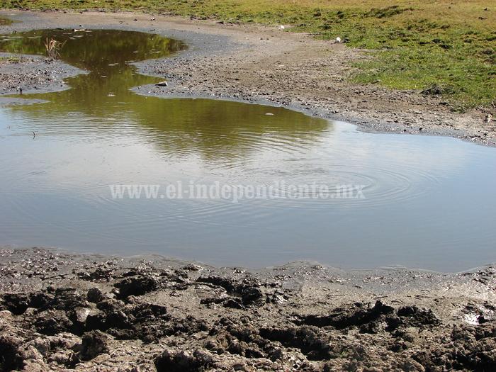 Presentan proyecto para el desarrollo de zona geotérmica en Villamar