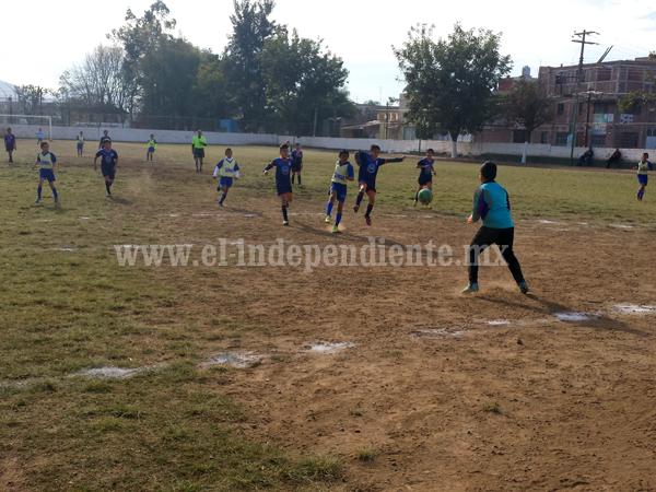 Saprissa goleó por 10 a 0 a la Escuela Tangancícuaro